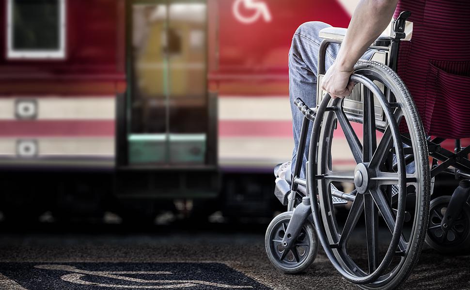 Viajar en tren en silla de ruedas. Galquiler